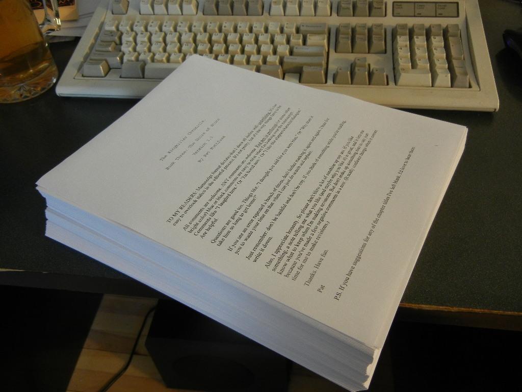 Noticias actualizadas sobre la fecha para el tercer libro Manuscrito_las_puertas_de_piedra